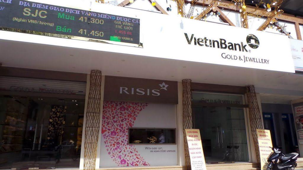 Cửa hàng trang sức Vietinbank
